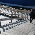Solens skyggelek med trappetrinnene